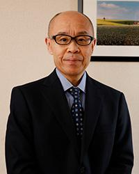 東弘公証人の写真